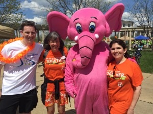 Walk MS Speakers: Barry Singer, MD, Rebecca Fehlig, Chapter President of theGateway Chapter of National MS Society and Evelyn Sanguinetti, Illinois' lieutenant governor living with MS.